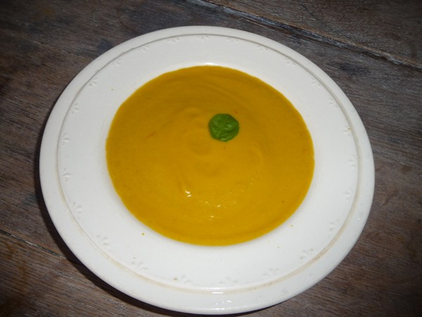 Spicy Carrot & Peanut Soup