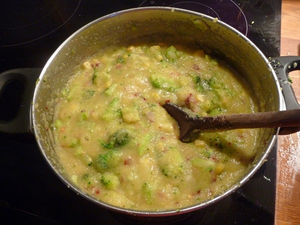 Cooking the polenta