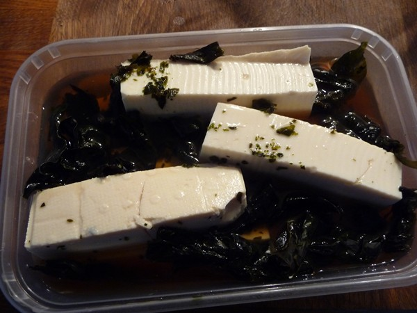 Marinading tofu in vinegar and kelp