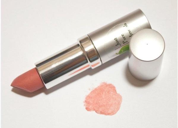 JPM Vegan Luscious Lipstick Natalia