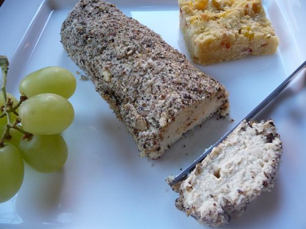 Creamy vegan tofu cheese!