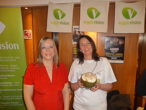 Andrea Wren & Karin Ridgers on the VeggieVisionTV stall