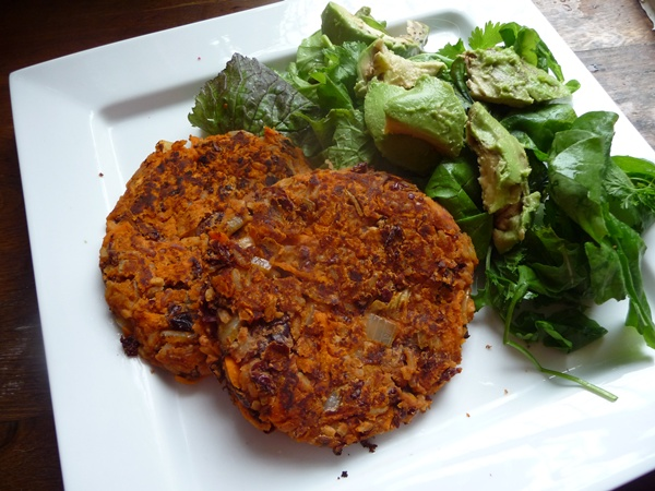 Chilli Bean & Carrot Burgers