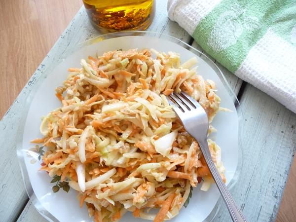 Vegan Walnut Kohlrabi Coleslaw