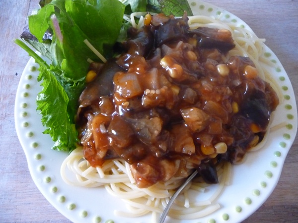 Aubergine pasta sauce for Live Below the Line