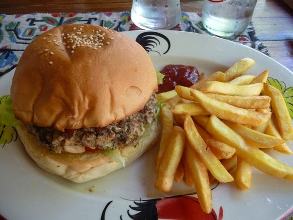 Veggie burger from Peppermint